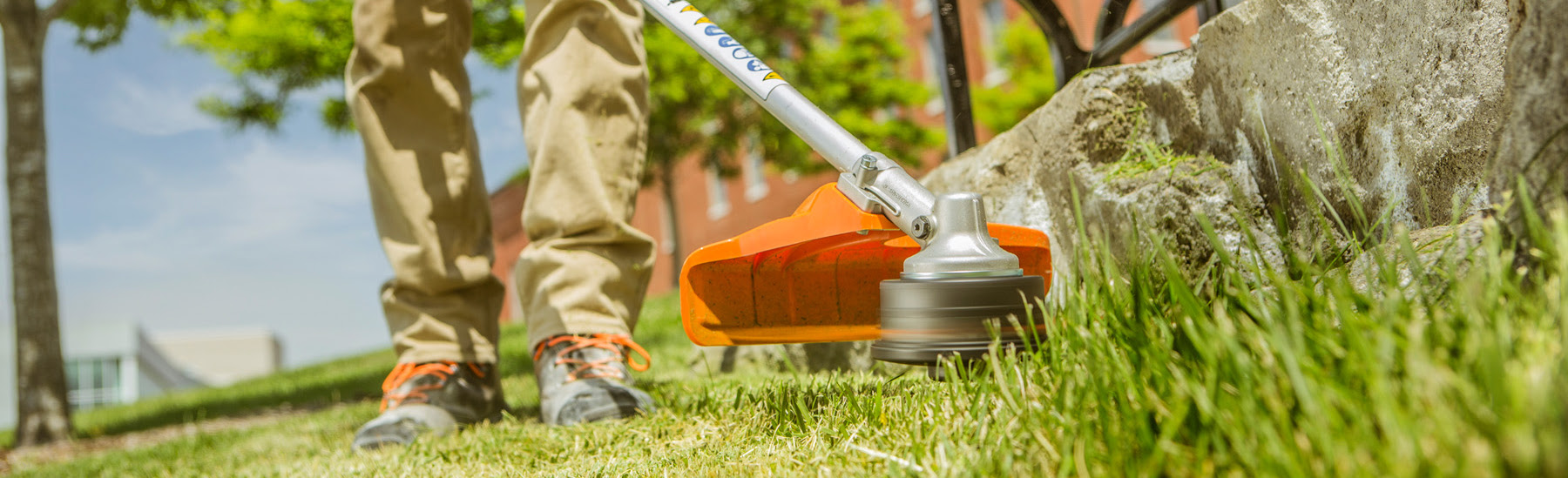 How to Start or Unflood Your STIHL Trimmer